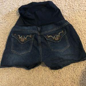 Bella Vida Maternity denim shorts